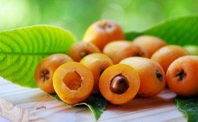 frutta, nespole, calorie