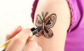 tatuaggi, henné, bambini