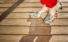 personalizzare scarpe decoupage, decoupage scarpe