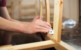 sistemare sedie scollate, aggiustare sedia rotta