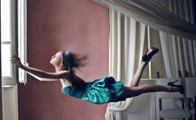 sognare di volare, alzarsi da terra, significato