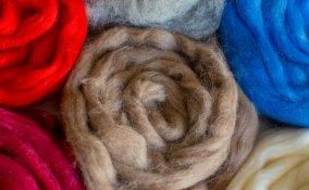 come fare feltro, feltro fai da te, come fare lana cotta