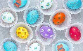 decorare uova polistirolo, decorare uova di Pasqua
