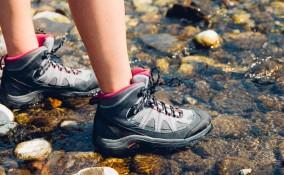 scarpe trekking, come lavarle, natura