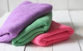 panni in microfibra, come lavarli, a mano in lavatrice