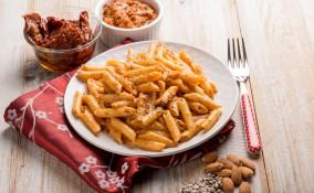 pesto trapanese, cucina siciliana, pasta