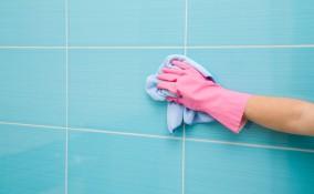 pulire piastrelle bagno, pulizia piastrelle