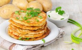 pancake, patate, mozzarella