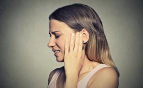 mal di orecchio, rimedi naturali, attenuare dolore