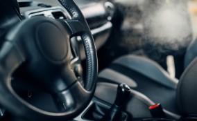 come togliere odore sigaretta macchina, come togliere odore fumo macchina, togliere puzza sigaretta macchina