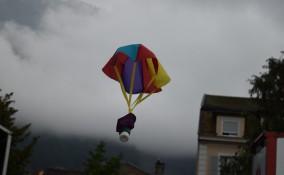 paracadute giocattolo fai da te