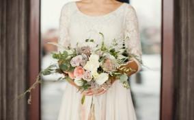 bouquet sposa messy, bouquet sposa tendenze, bouquet sposa asimmetrico, bouquet sposa rustico, bouquet sposa boho