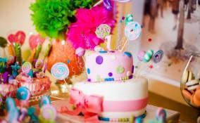 torta primo compleanno bimba, torta primo compleanno bimba pasta di zucchero, torta compleanno bimba pasta di zucchero