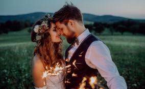 matrimonio a tema, agosto, idee adatte