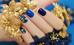 nail art, classic blue, pantone