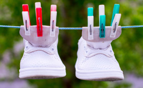 pulire scarpe bambini