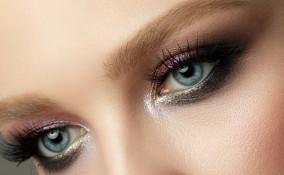 smokey eyes, occhi azzurri, trucco occhi bello