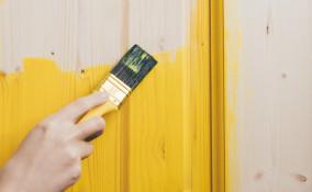 come verniciare porte esterno legno, verniciare porte legno