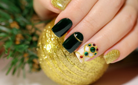 Natale 2020, nail art, decorazioni unghie