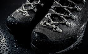 pulire scarpe trekking