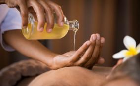 olio per massaggi, quale scegliere, trattamento