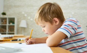 Impugnare la matita
