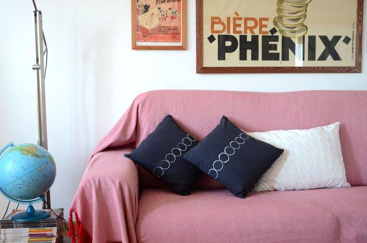 Rinnovare i cuscini in salotto con Coloreria