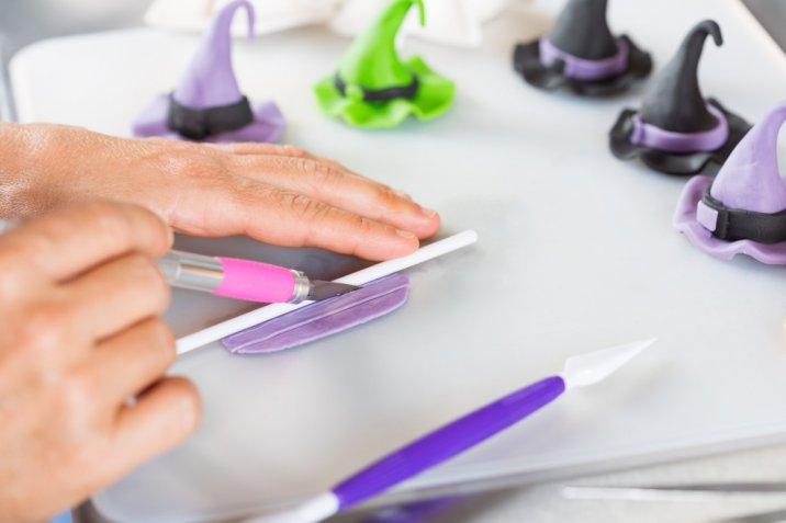 Cake design, i tool utili a decorare il fondente