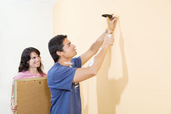 Cornici a giorno, come usarle al meglio per decorare le pareti di casa
