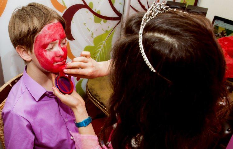 Vestiti di Carnevale: cosa fare se un bambino non vuole mascherarsi