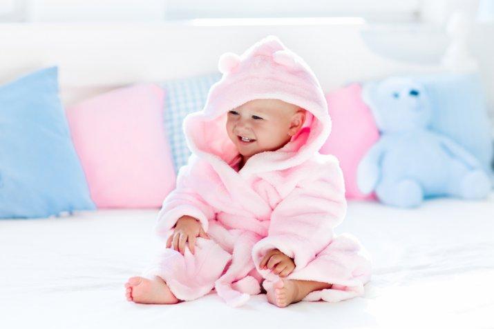Come pulire le orecchie di un neonato in modo delicato