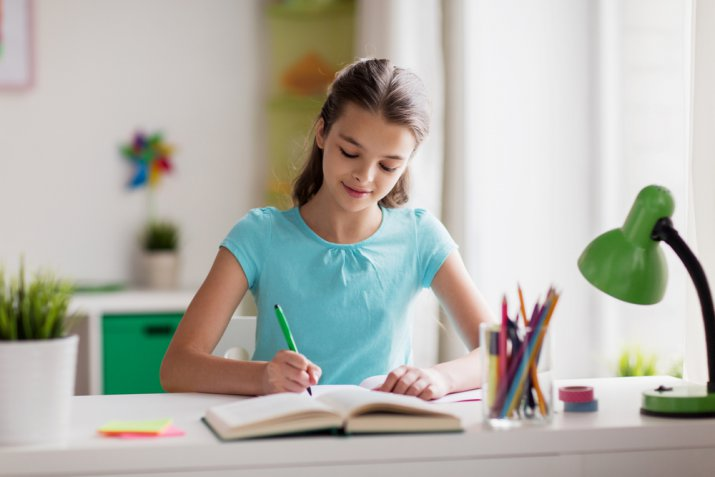 mio figlio non fa i compiti, motivare a studiare, come convincere un ragazzo a studiare, come motivare un ragazzo allo studio