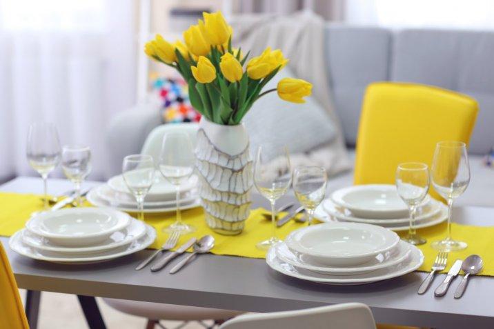 Cena fra donne: come decorare la tavola per l'8 marzo