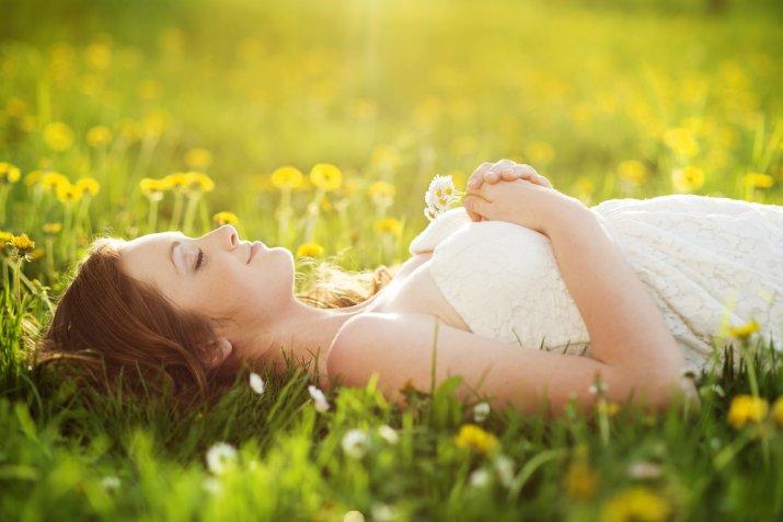 Giornata della poesia, i versi ispirati alla primavera più belli ed emozionanti