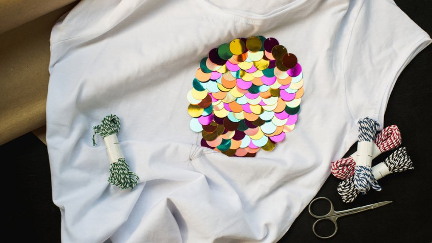 Cambio dell'armadio, come dare nuova vita ai vestiti con perline e paillette