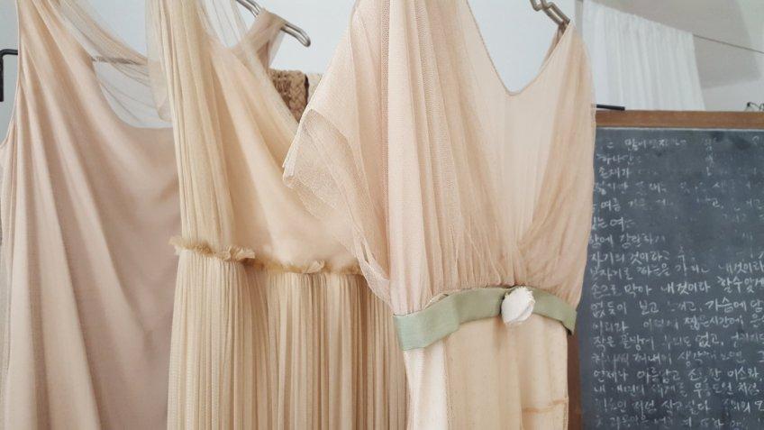 La sposa boho-chic: la scelta dell'abito perfetto secondo Atelier Yooj
