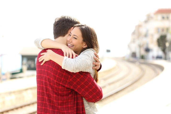 Amore a distanza: 5 modi per gestirlo senza soffrire troppo