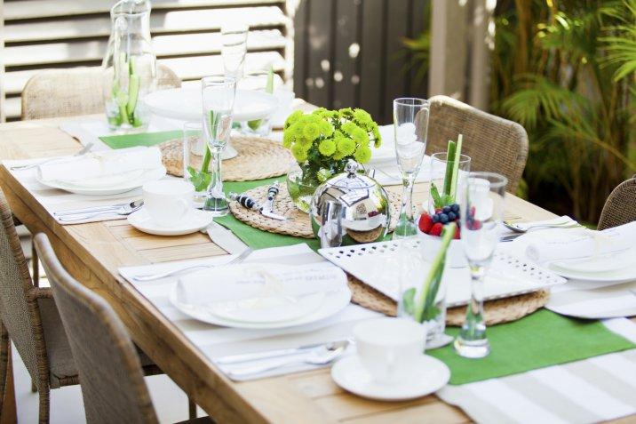 cena estiva, terrazza, apparecchiare tavola