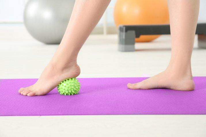 Gambe stanche e pesanti, gli esercizi per trovare sollievo