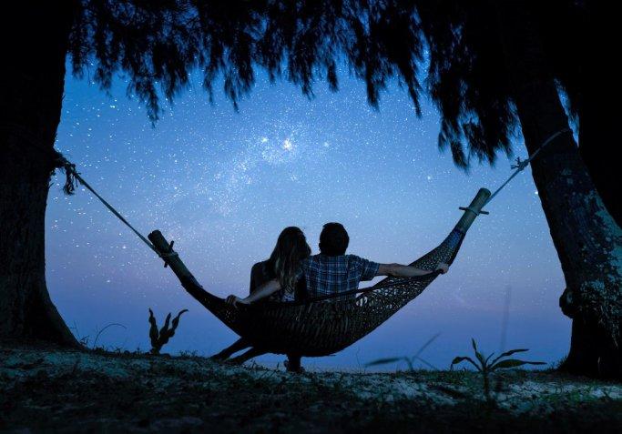 Notte delle stelle cadenti: 5 idee per passare un S. Lorenzo romantico con il partner