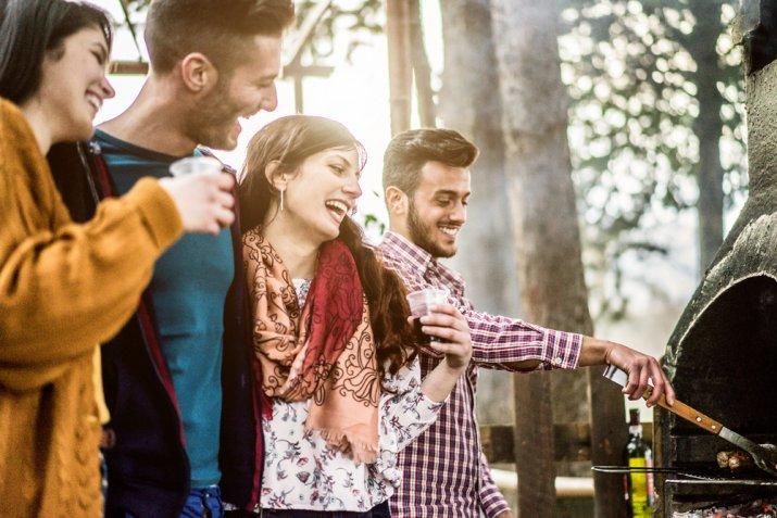 Cosa fare a Ferragosto, 5 idee divertenti  in base al luogo e alla compagnia