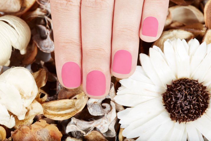 Nail art autunno 2017: le tendenze da seguire per unghie alla moda