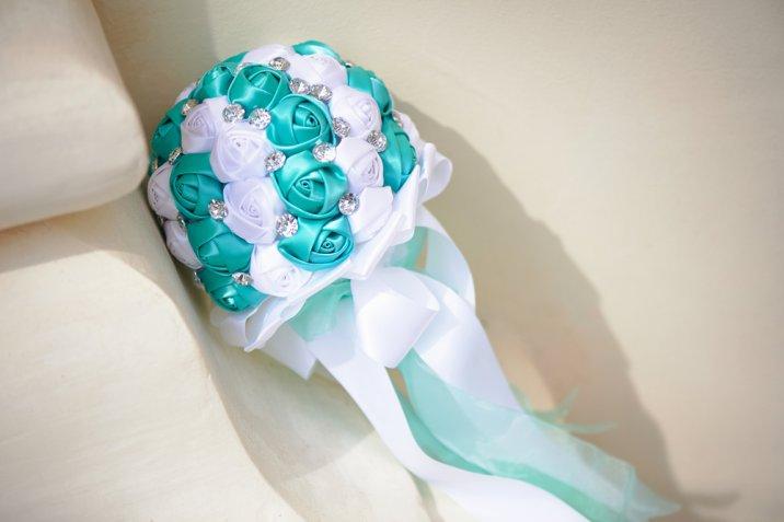 Bouquet sposa originali senza fiori, 7 alternative fai da te