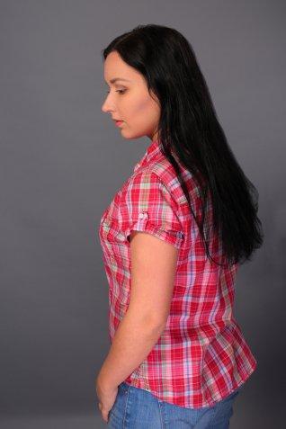 Come accorciare le maniche di una camicia per cambiare modello