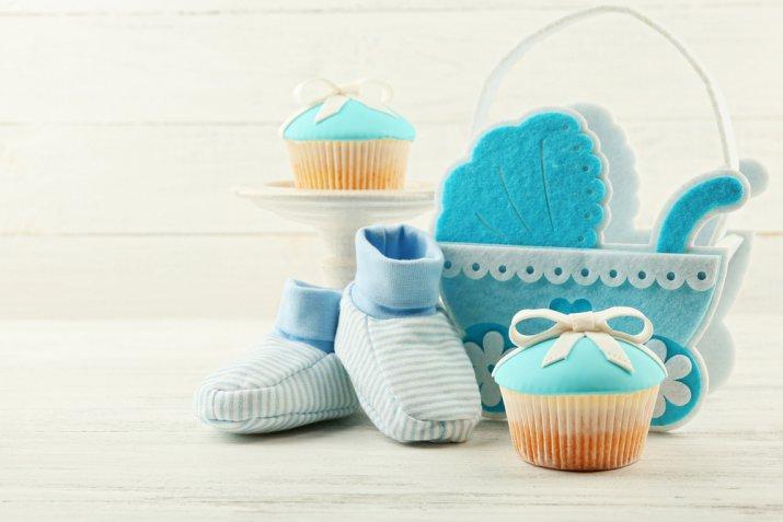 Cupcake per la nascita, le decorazioni più tenere in pasta di zucchero