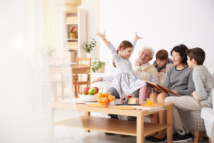 Idee per la festa dei nonni, 5 cose divertenti da fare con i nipoti