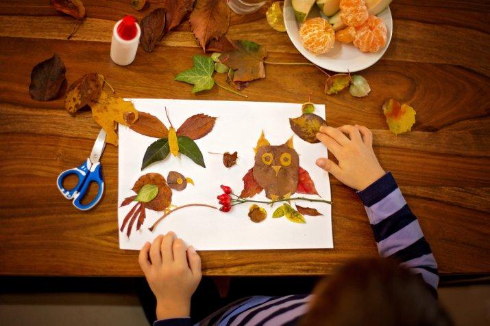 Decoupage con le foglie secche: la tecnica facile per i bambini