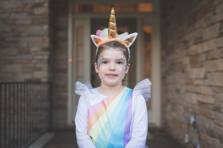 Travestimenti Halloween originali, come fare il costume da unicorno