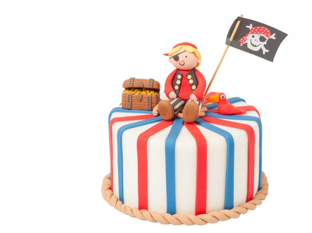 Torta con i pirati, 3 composizioni divertenti in pasta di zucchero