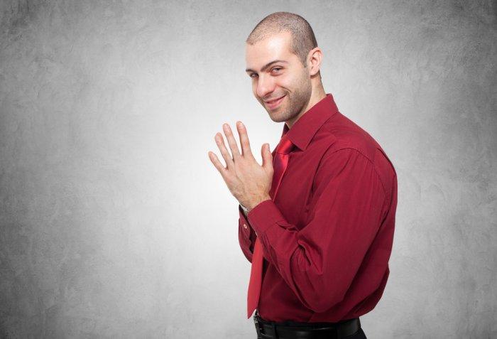 Buon venerdì 17, 7 gesti e scaramanzie incredibili che stupirebbero anche una superstiziosa cronica